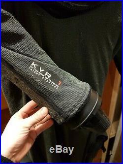 Apeks SCUBA KVR1 trilaminate DrySuit with si tech system & dry gloves