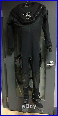 Aqua Lung Fusion Tech Drysuit with Boots and Thermal Undergarment L/XL