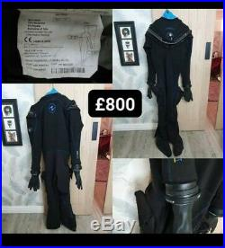Aqualung Fusion Bullet Dry Suit with waterproof dry gloves system
