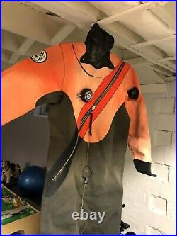DUI CF200 Signature Series Scuba Diving Dry Suit Size Medium