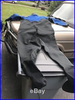 DUI Scuba Diving Drysuit And OMS Rocket Fins