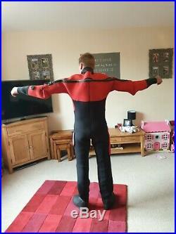 Dry suit medium scuba diving gear. Northern diver suit. Make me an offer