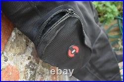 Hollis DX-300X Trilaminate SCUBA Drysuit Size SMALL 6.5-8.5 socks