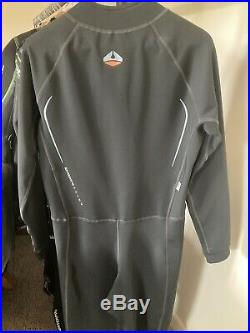 NEW with tags, Lavacore Men's Full Undersuit for Scuba/Snorkeling, Large