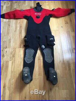 O'Three RI 2-100 Scuba Diving Dry Suit Mens fits 6ft2 Boots 8-9