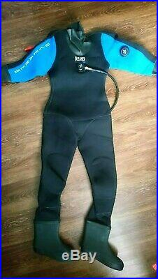 Oceaner Scuba Dry Suit new without tags, black and royal blue