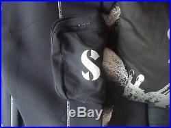 SCUBAPRO EVERYDRY 4 MENS scuba dive diving drysuit dry suit size xl