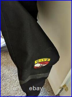 Scuba Diving Dry Suit Men Large, Black with Zipper, a carrying bag, nylon socks