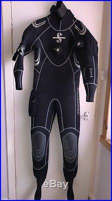 Scuba Drysuit Scubapro Everdry 4 medium size medium hood