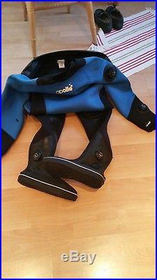 Scuba dive dry suit