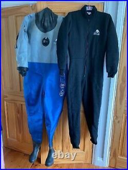 Scuba diving Dry Suit and undersuit- Polar Bear