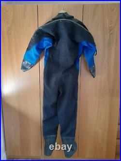 Scuba diving Namron dry suit size medium, 7 boot see full description