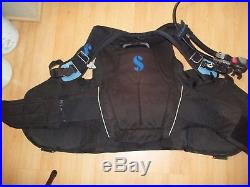 Scubapro Glide Pro size XL with Air2 Octo-inflator for Scuba Diving