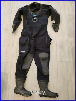 Small/medium Hunter scuba diving Trilaminate dry suit with Boots size 6