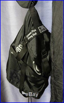Weezle Extreme Plus Scuba Diving Drysuit Undergarment Size Medium (6c)