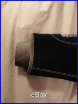 Wetsuit Semi-dry Waterproof Scuba Suit Mens Medium plus hood, gloves and boots