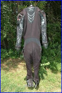 Whites/ Aqua Lung Fusion Tech Drysuit, size L/XL